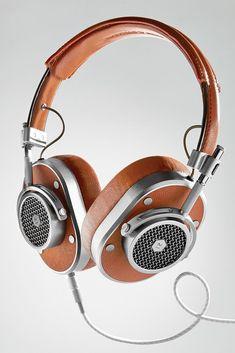 Master  amp  Dynamic MH40 Noise-Isolating Over Ear Headphones   mensaccessoriesgadgets Over Ear Headphones 3ab45670beaa