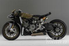 Cycle World - Exclusive Ducati Superleggera Photo Tour