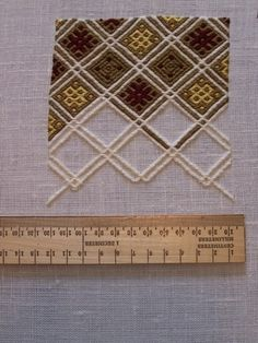 15th C Purse Project Slideshow by tristan1264_research | Photobucket