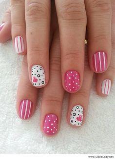 Short pink nails <3SWEET<3