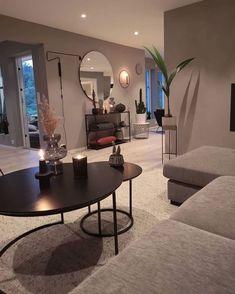 Classy Living Room, Living Room Decor Cozy, Home Living Room, Apartment Living, Home Room Design, Home Interior Design, Living Room Designs, Living Room Inspiration, Home Decor Inspiration