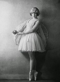 Rheumatic Princess: An Ode to Vintage Ballet Photography