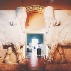 #museum #art #russia #red #white #sculpture  #shedu #wings