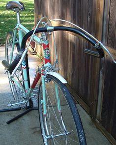 Novice Triathlete-Novice Ironman - Do Not Expect Bike Magic - Bike riding Bicycle Women, Road Bike Women, Velo Vintage, Vintage Bicycles, Cycling Art, Road Cycling, Cycling Tips, Used Bikes, Cool Bikes