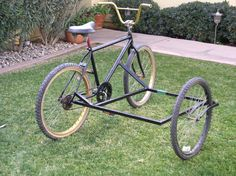 BICYCLE SIDECAR: I asked got some leeds but this is what i came up with no plans all off the top of my head Bicycle Sidecar, Tricycle Bike, Velo Design, Bicycle Design, Cool Bicycles, Cool Bikes, Velo Cargo, Side Car, Velo Vintage