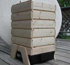 Wooden Stacking Worm Bin - Worm factory from 'Wood Worm Farms', much nicer than the plastic composters
