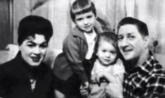 Patsy Cline and Charlie Dick with their children, Julie and Randy.