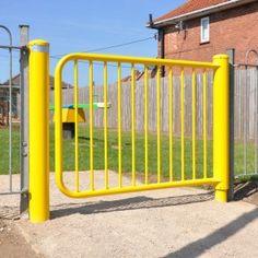 mono-hinge-self-closing-playground-pedestrian-gate-gs021