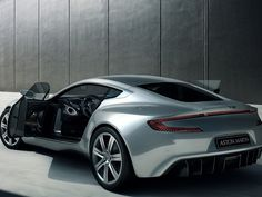 Aston Martin-Hot!!!