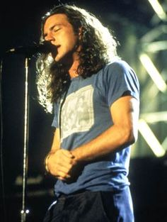 Eddie Vedder. Oh, be still my heart! That is one hunk of perfect man, right there folks.