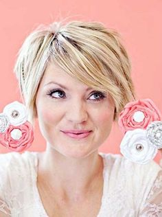 Short Layered Chic Haircut Idea for Women Over 40 by shorthaircuts