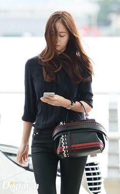 f(x) - Krystal Krystal Fx, Jessica & Krystal, Krystal Jung Fashion, Style Scrapbook, Airport Style, Airport Fashion, Victoria, I Love Girls, Kpop Girls