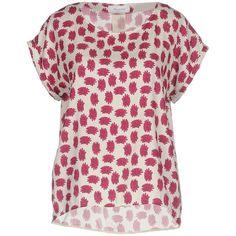 Aglini Blouse (3,415 EGP) ❤ liked on Polyvore featuring tops, blouses, fuchsia, fuchsia blouse, fuschia silk blouse, pink silk top, fuschia pink top and pink silk blouse