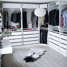 Dressing n'y @interiorwife -Dressing Pax Ikea - Ik moet toch kiezen voor een hoekversie kijkende naar de plattegrond - #de #dressing #een #hoekversie #Ik #Ikea #interiorwife #kiezen #kijkende #Moet #naar #ny #PAX #plattegrond #toch #Voor