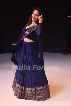 Madhuri Dixit on the sets of Colors Dance Deewane season 2 Pakistani Formal Dresses, Indian Gowns Dresses, Indian Fashion Dresses, Indian Designer Outfits, Indian Outfits, Half Saree Designs, Lehenga Designs, Bollywood Fashion, Bollywood Saree