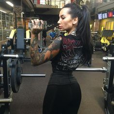 https://www.instagram.com/p/BM141jFgx3d/?tagged=tattoo