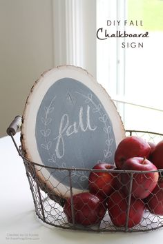 DIY fall chalkboard sign + apples + wire basket.  #fall #chalkboard