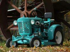 Help Id panzer - Copar, Pennsylvania Small Tractors, Compact Tractors, Old Tractors, Lawn Tractors, Old Ford Trucks, Lifted Chevy Trucks, Toy Trucks, Pickup Trucks, Antique Tractors