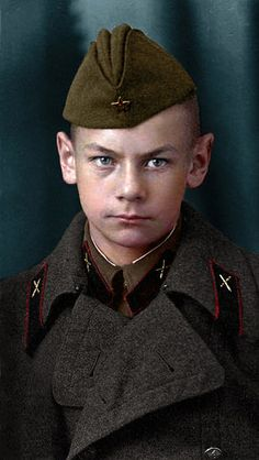 Юрий Ульянин, октябрь 1941 г. | Flickr - Photo Sharing!
