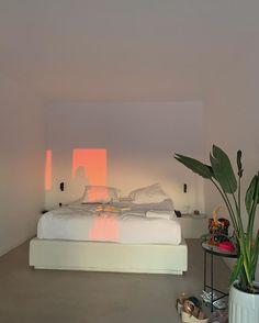 Home Decoration Ideas Rustic .Home Decoration Ideas Rustic Ästhetisches Design, Deco Design, House Design, Interior Design, Dream Rooms, Dream Bedroom, Pretty Room, Aesthetic Room Decor, Retro Aesthetic