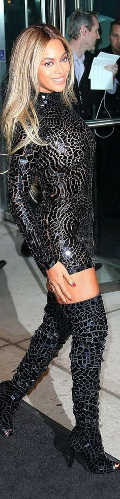 Beyonce...Tom Ford dress and boots