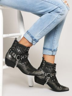 Laso Harness Bootie - Gypsy Warrior