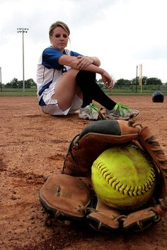 Ideas for Hannah's softball pictures