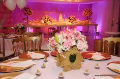 BELÍSSIMOS CACHEPÔS EM MDF <br> <br>CACHEPÔ em MDF para decoração de ambientes diversos, lembrancinhas, enfeite de mesa, porta lembrancinha de batizado, nascimento, floreira e etc. <br> <br>PODENDO SER FEITO DE DIVERSOS MODELOS. <br>ACOMPANHANDO A DECORAÇÃO DE SEU EVENTO OU AMBIENTE. <br> <br>CASTELO - CARRUAGEM - COROA <br> <br>DESENVOLVEMOS PROJETOS PERSONALIZADOS SEM CUSTOS ADICIONAIS. <br> <br>NA INTENÇÃO DE DECORAR COM REQUINTE E ELEGÂNCIA SUA FESTA OU AMBIENTE DE MANEIRA PERSONALIZADA…