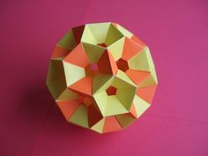 Оригами кусудама хонейкомб.  How to make Origami Kusudama honeykomb
