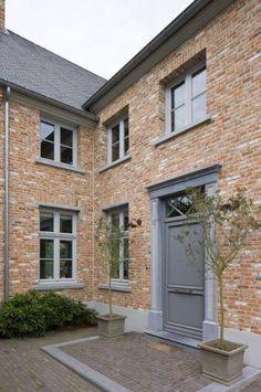 Brick House Exterior Makeover, Rustic Houses Exterior, Brick Exterior House, Windows Exterior, Building A House, Home Exterior Makeover, London House, Modern Farmhouse Exterior, English Country House