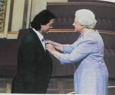 Jimmy page of Led Zeppelin getting accommodation by Queen Elizabeth