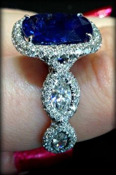Sapphire and diamonds♡
