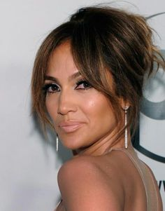 More Pics of Jennifer Lopez Messy Updo Jennifer Lopez Hair Color, Jennifer Lopez Makeup, Elvis Crespo, Relaxed Updo, Hair Due, Messy Updo, Blonde Highlights, Beauty Secrets, Her Style