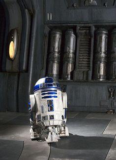 R2-D2 ROTS