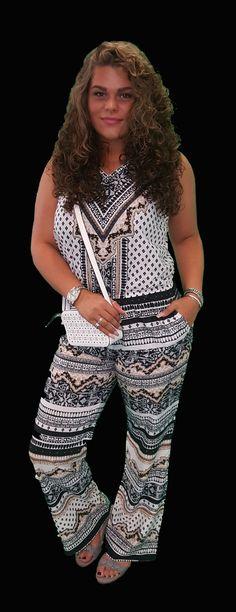 Scoor de complete Azteken outfit inclusief 10% korting voor maar € 77,95 compleet met jumpsuit, sandalen en tas.
