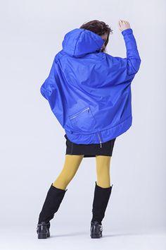 Warm cobalt coat. Cool sporty colorful coat perfect for cold days – a unique product by FashionFaktory-by-Anna-Drabczynska via en.DaWanda.com
