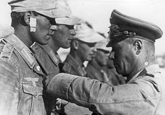 Rommel awards Iron Cross 1942