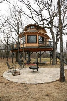 See our new honeymoon suite tree house at www.Net - The Mohican Grand Barn - - See our new honeymoon suite tree house at www.Net - The Mohican Grand Barn Beautiful Tree Houses, Cool Tree Houses, Tree House Designs, Tiny House Design, Home Design, In The Tree, Cabana, My Dream Home, Future House