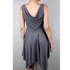 @Overstock - An asymmetrical hemline and empire waist create this flattering dress. With a stylish cowl neck, this sleeveless dress offers comfort and fashion.http://www.overstock.com/Clothing-Shoes/Tabeez-Womens-Empire-Waist-Pleated-Dress/6154717/product.html?CID=214117 $18.65
