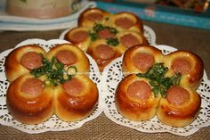 Flower-Shaped Sausage Buns