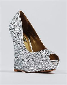 I'm considering these glass slipper wedges for my wedding as I'm a fan of the wedge style and all things sparkle - lol! What do you guys think?
