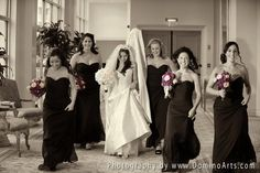 Here comes the #bride... and her stunning girls ;) #Wedding picture by #DominoArts #Photography (www.DominoArts.com)
