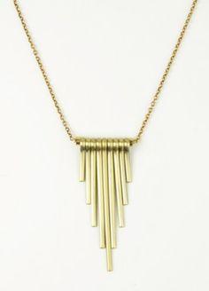 obelisk neckace
