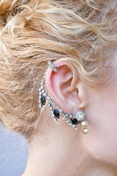 DIY Jewelry DIY Ear Cuffs : DIY Rhinestone Ear Cuff beyond fabulous