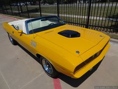 1970 Plymouth Hemi Cuda convertible Nash Bridges #1 filming car. The real deal. For sale on Ebay. (right front)