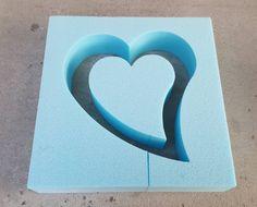 BETONGIESSFORM Beton Giessform - Tropfen HERZ In diesem Angebot biete ich Dir das offene Herzchen an, das Spiralenherz findest Du auch ihn meinen Angeboten. Höhe: 30 cm Höhe Inlay: ca....