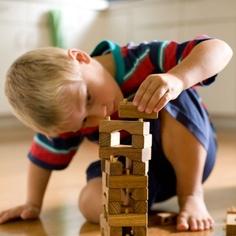 Interlocking Wooden Block Set in Building Blocks - Nova Natural Toys + Crafts Preschool Block Area, Waldorf Playroom, Waldorf Toys, Preschool Furniture, Acrylic Containers, Block Play, Block Craft, Stacking Toys, Natural Toys