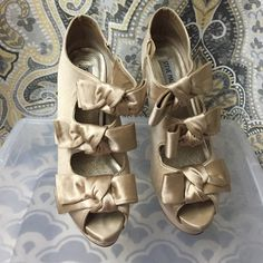 Satin Bow Tie booties 3 Bow Tie Satin Booties Steve Madden Shoes Ankle Boots & Booties