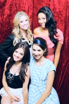Hanna (Ashley Benson), Emily (Shay Mitchell), Aria (Lucy Hale), and Spencer (Troian Bellisario) ♥