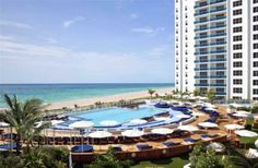 2 Bedroom Condo in Miami Beach to rent from £1808 pw. With balcony/terrace, air con, TV and DVD.
